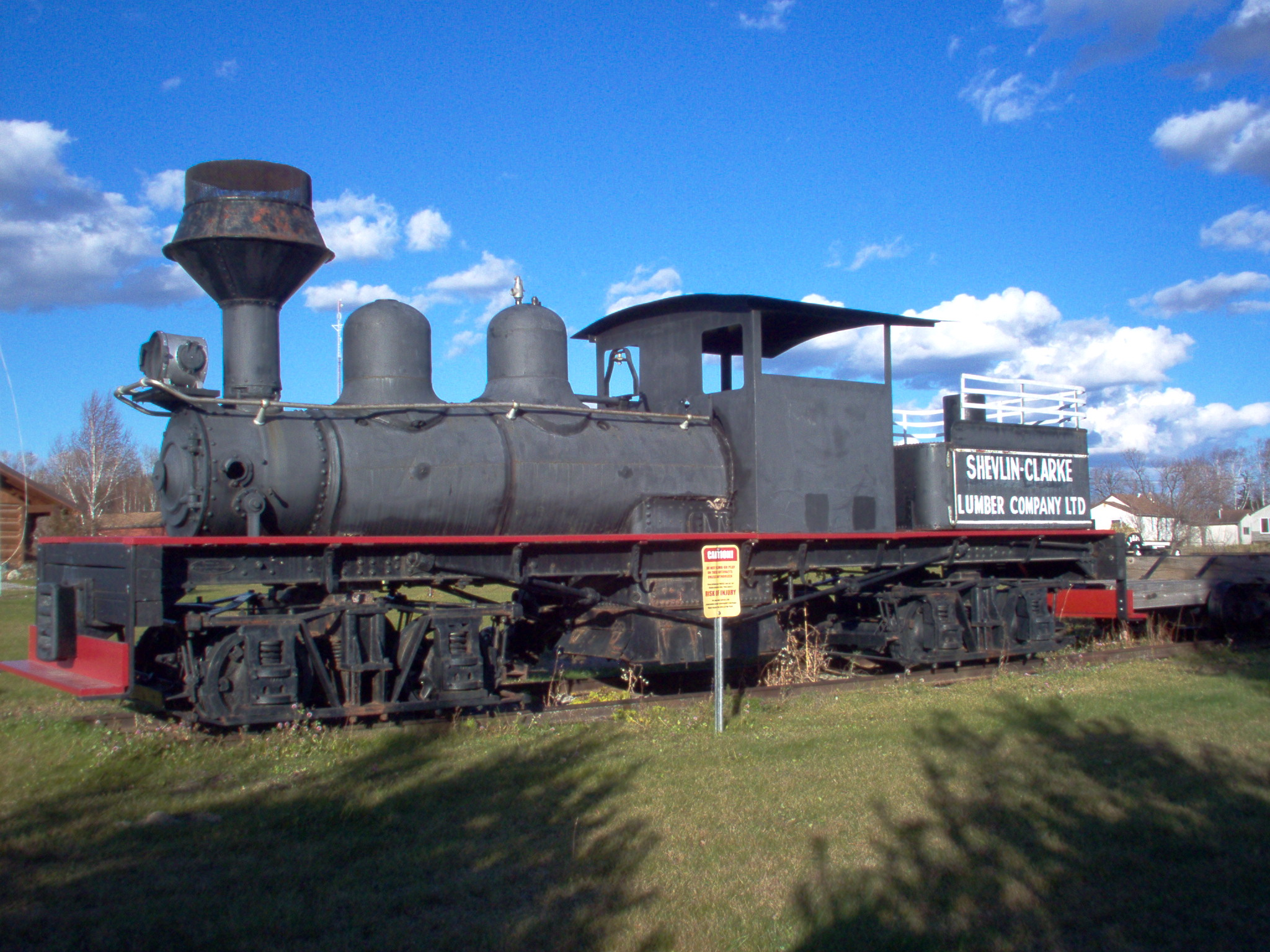The train in the wastelands of quebec